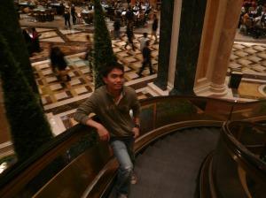 kurbadang escalator