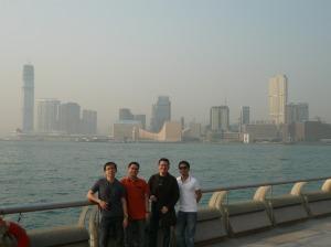 Kowloon ung nasa likod